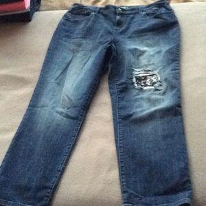 Chico's Platinum Boyfriend ankle jeans. (2)